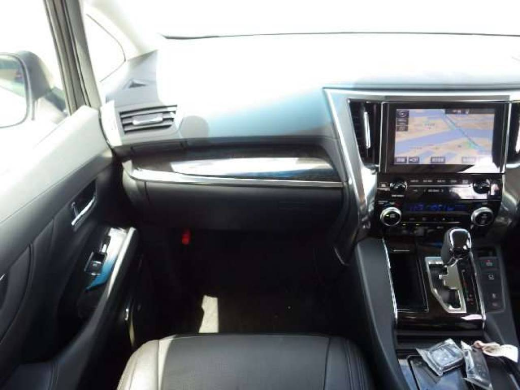 Used 2015 AT Toyota Alphard AGH30W Image[13]