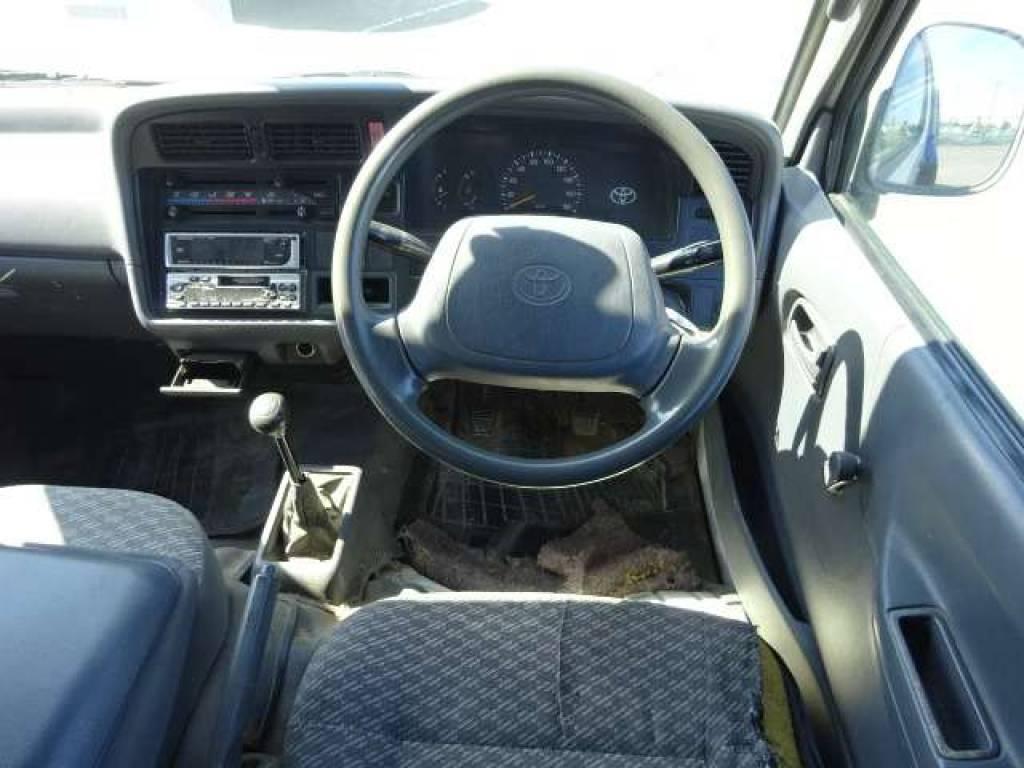 Used 1999 MT Toyota Hiace Van RZH112V Image[14]