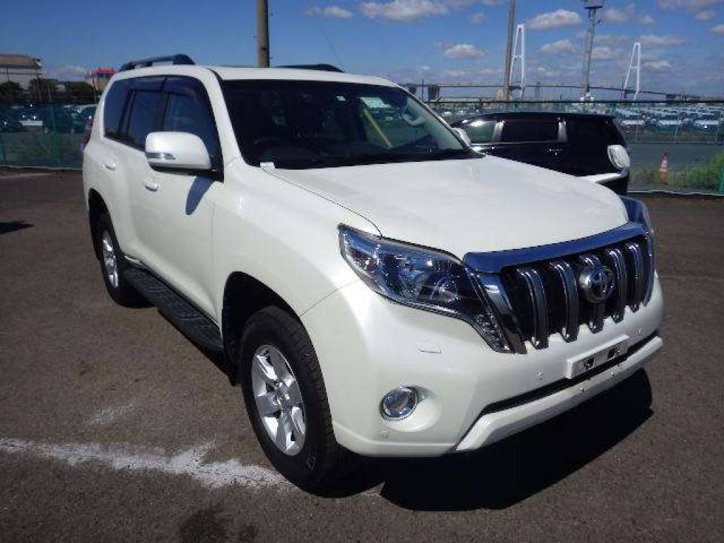 Used 2014 AT Toyota Land Cruiser Prado TRJ150W