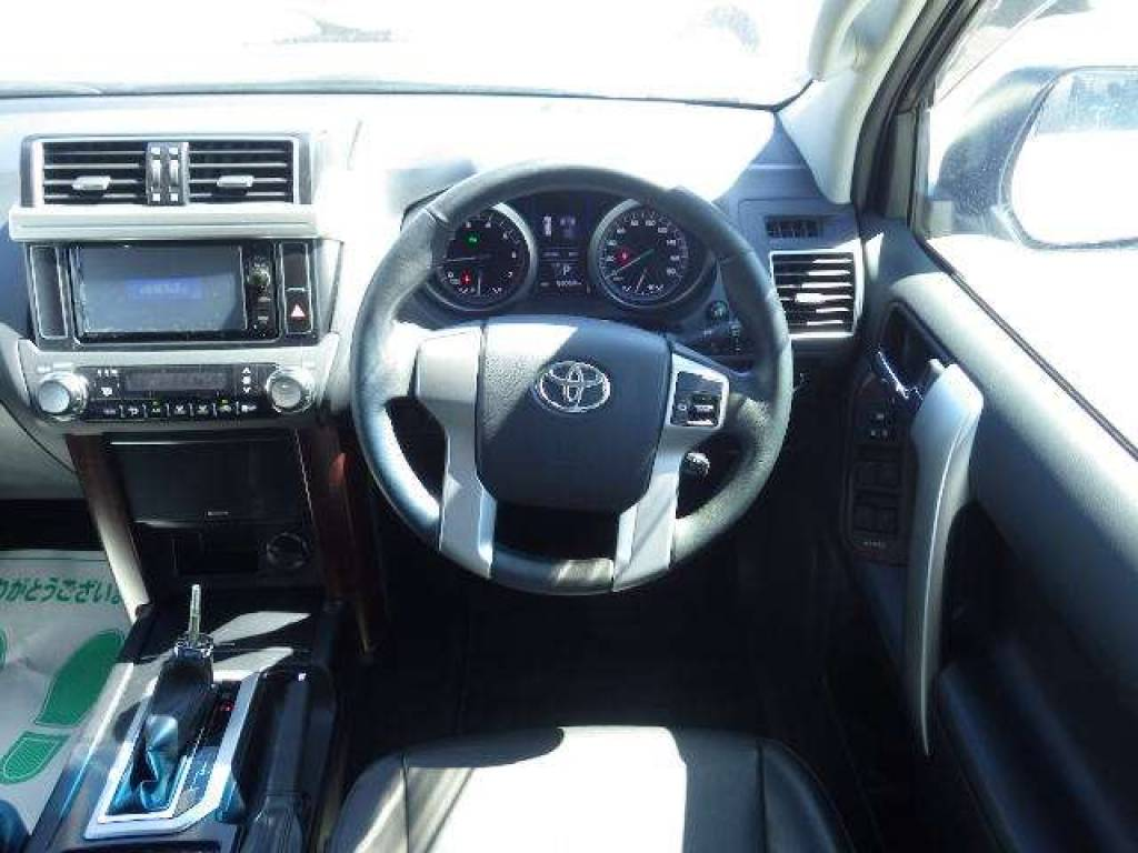 Used 2014 AT Toyota Land Cruiser Prado TRJ150W Image[17]