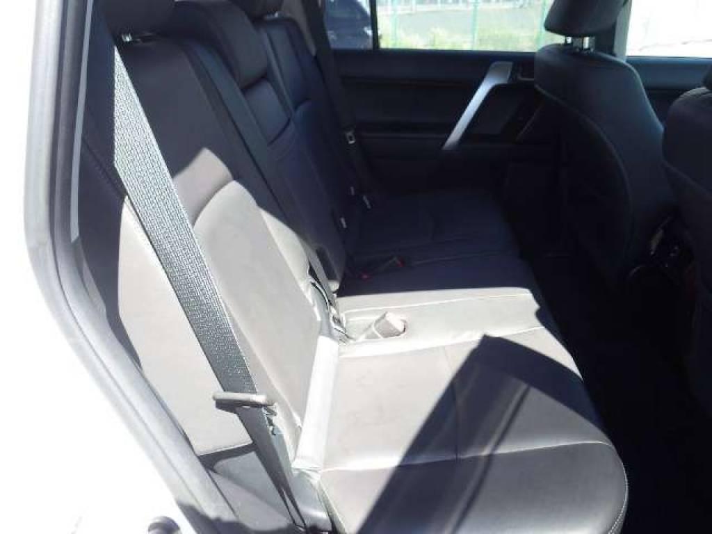 Used 2014 AT Toyota Land Cruiser Prado TRJ150W Image[18]
