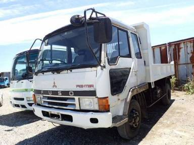 Mitsubishi Fuso Fighter 1990 from Japan