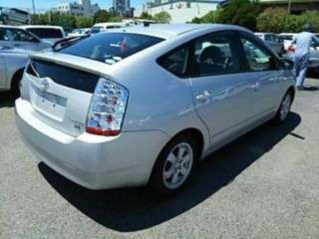 Used 2011 AT Toyota Prius NHW20 Image[1]