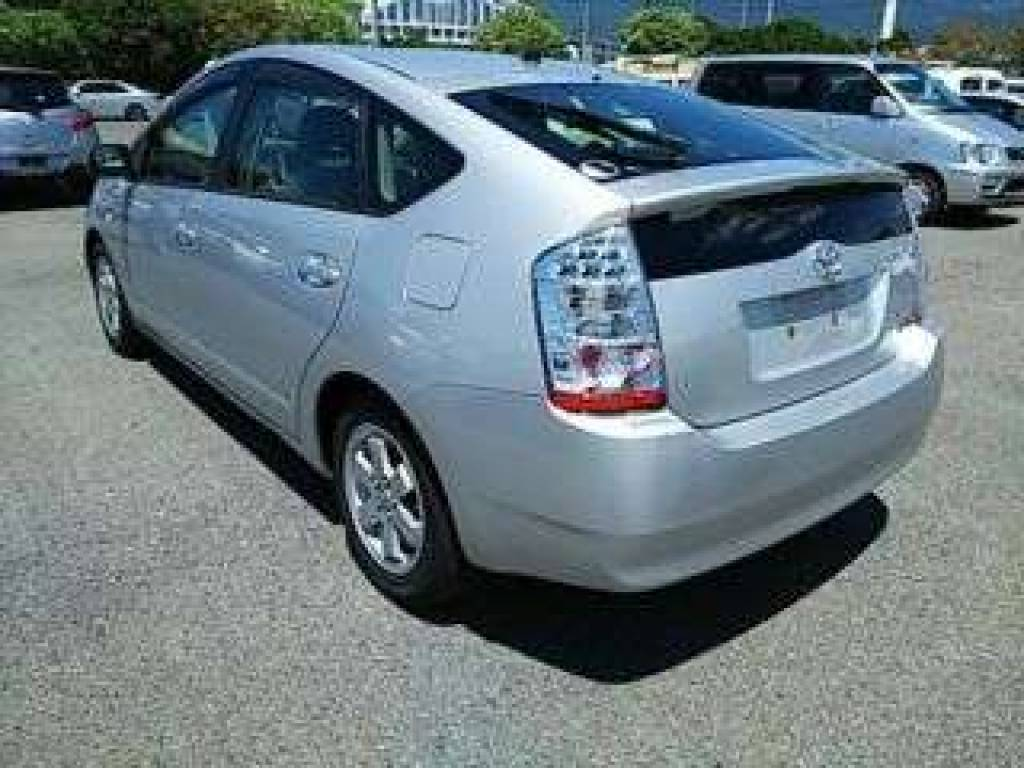 Used 2011 AT Toyota Prius NHW20 Image[4]