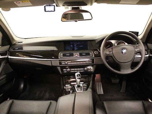 Used 2012 AT BMW 5 Series DAA-FZ35 Image[1]