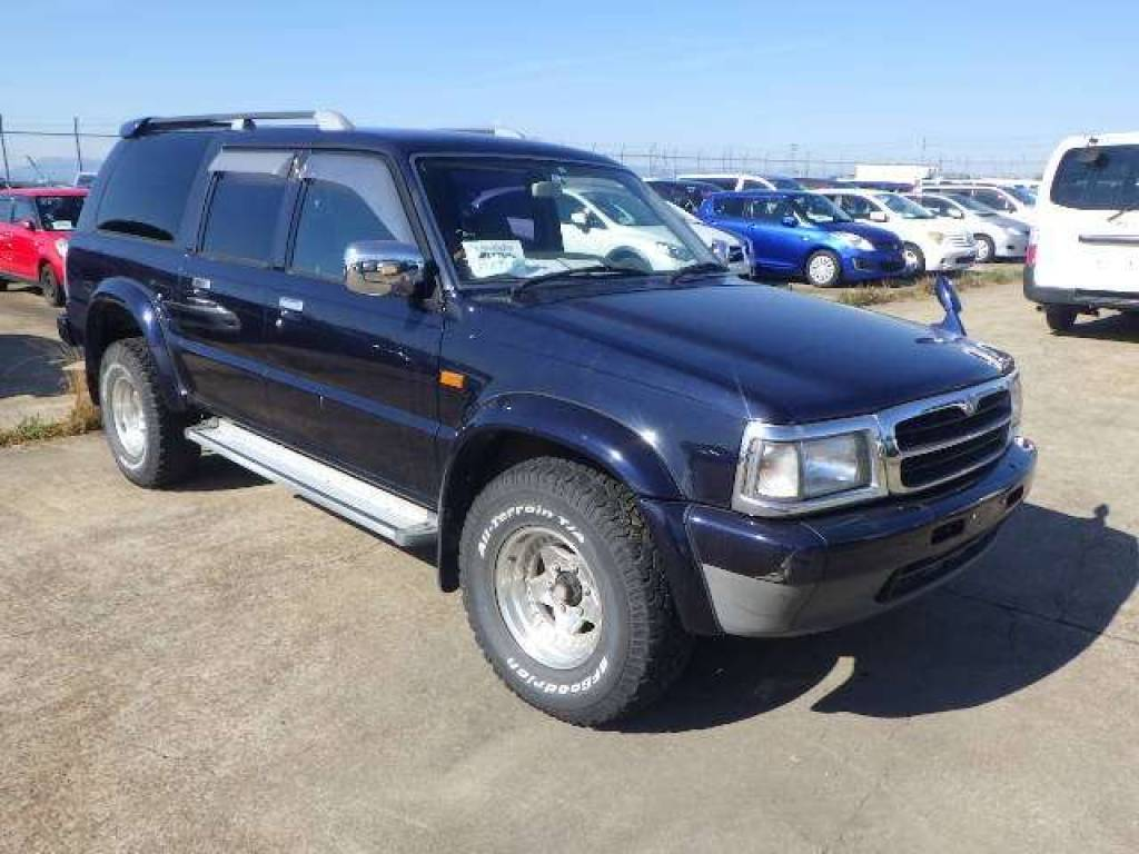 Used 1997 AT Mazda Proceed Marvie UV56R Image[1]