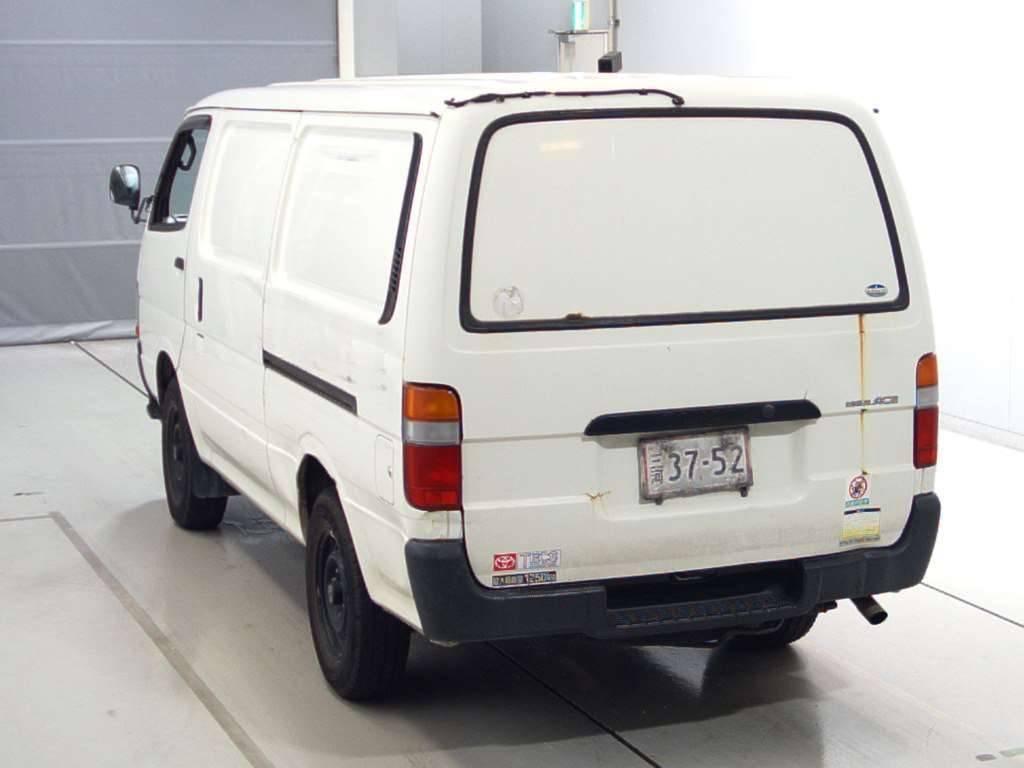 Used 2004 AT Toyota Hiace Van TRH112V Image[1]