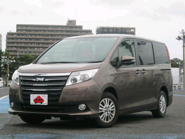 Used 2014 CVT Toyota Noah DBA-ZRR80G