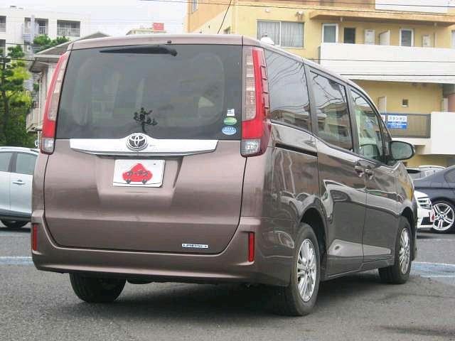 Used 2014 CVT Toyota Noah DBA-ZRR80G Image[2]
