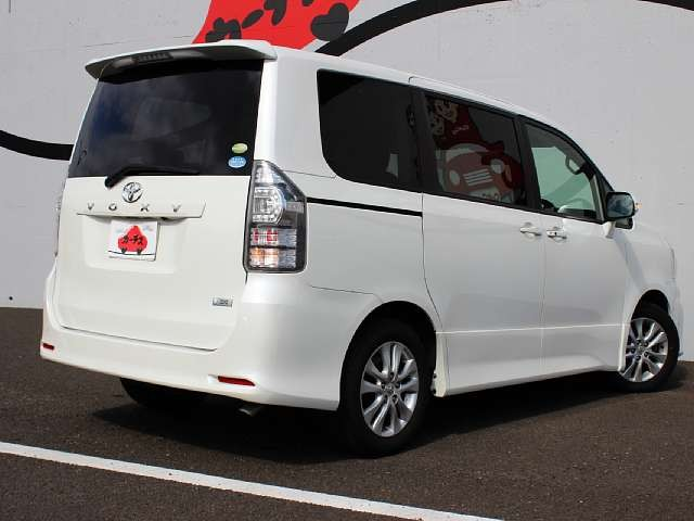 Used 2010 AT Toyota Voxy DBA-ZRR70W Image[2]
