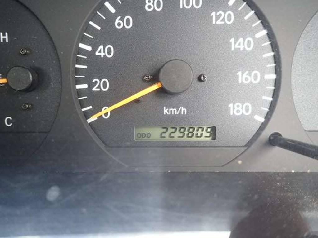 Used 2001 MT Toyota Hiace Van LH178V Image[16]