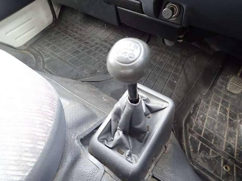 Used 2001 MT Toyota Hiace Van LH178V Image[18]