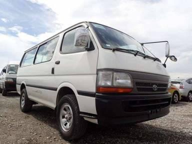 Toyota Hiace Van 2001 from Japan