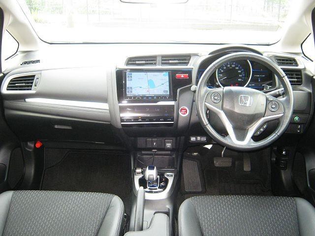 Used 2013 AT Honda Civic Hybrid DAA-GP5 Image[1]