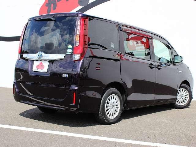 Used 2014 CVT Toyota Noah DAA-ZWR80G Image[2]