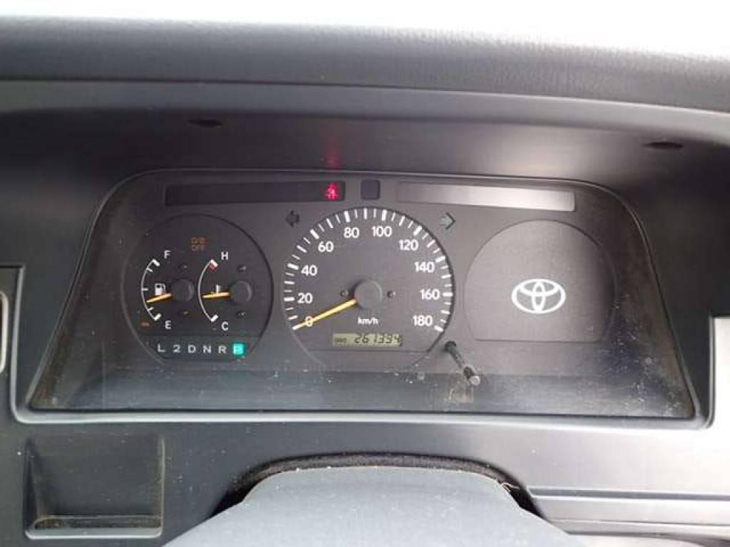 Used 2002 AT Toyota Hiace Van RZH112K Image[15]
