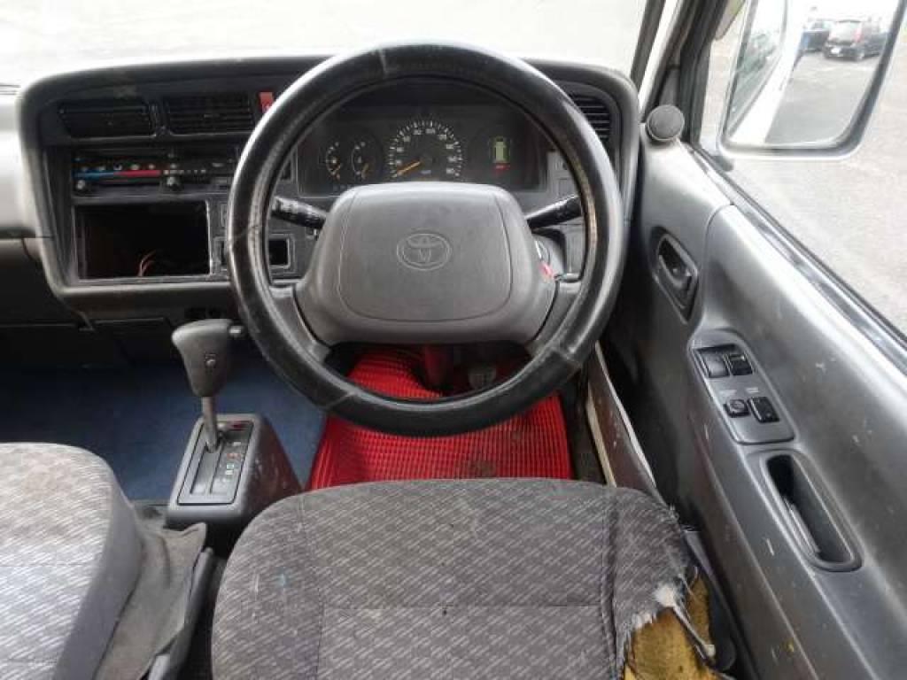 Used 2002 AT Toyota Hiace Van RZH112V Image[9]