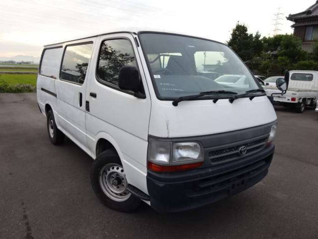 Used 2003 AT Toyota Hiace Van TRH112V Image[1]