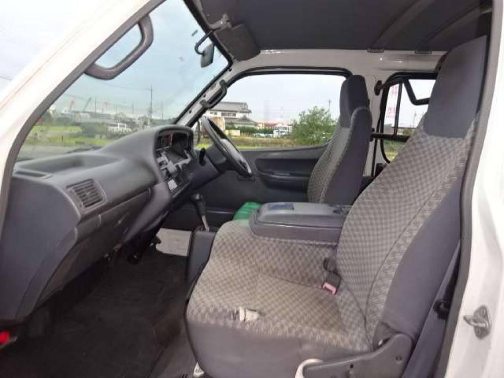 Used 2003 AT Toyota Hiace Van TRH112V Image[13]