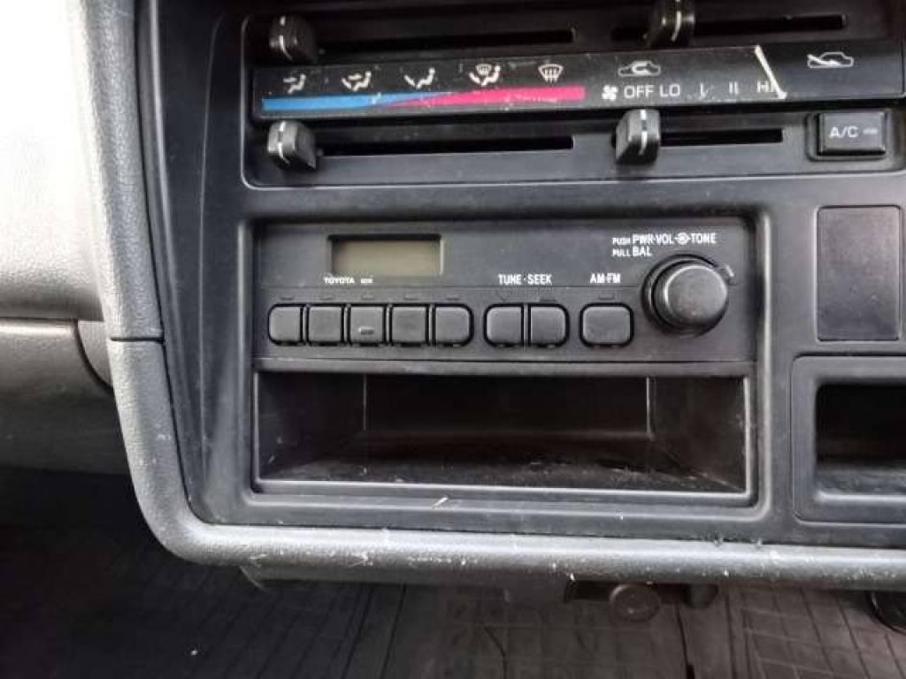 Used 2003 AT Toyota Hiace Van TRH112V Image[17]
