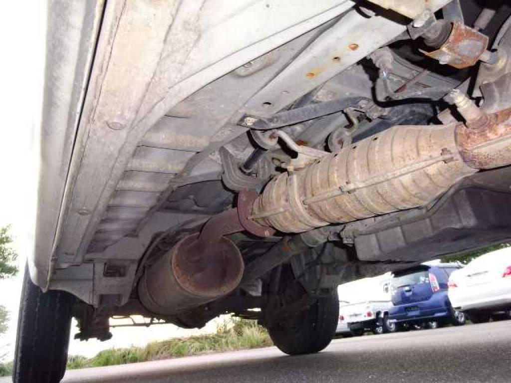 Used 2003 AT Toyota Hiace Van TRH112V Image[23]