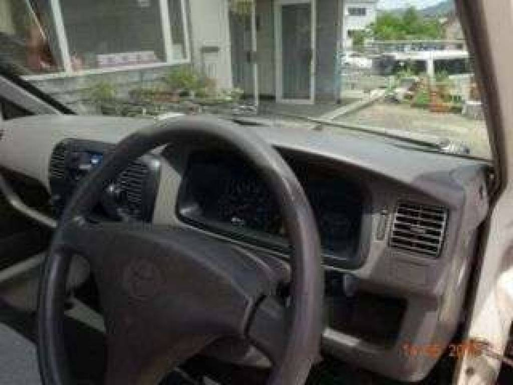 Used 2001 AT Toyota Townace Truck KM75 Image[9]