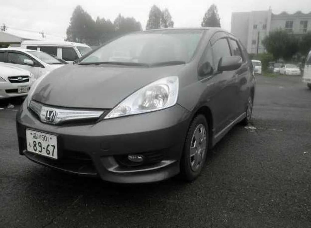 Used 2013 AT Honda Fit Shuttle GP2