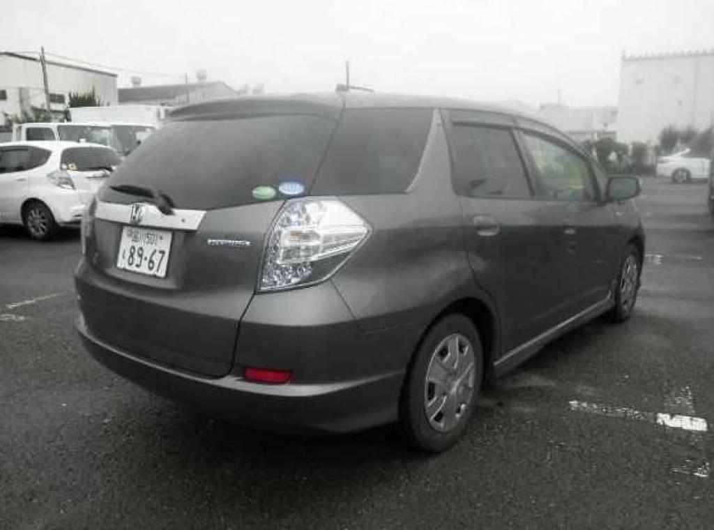 Used 2013 AT Honda Fit Shuttle GP2 Image[1]