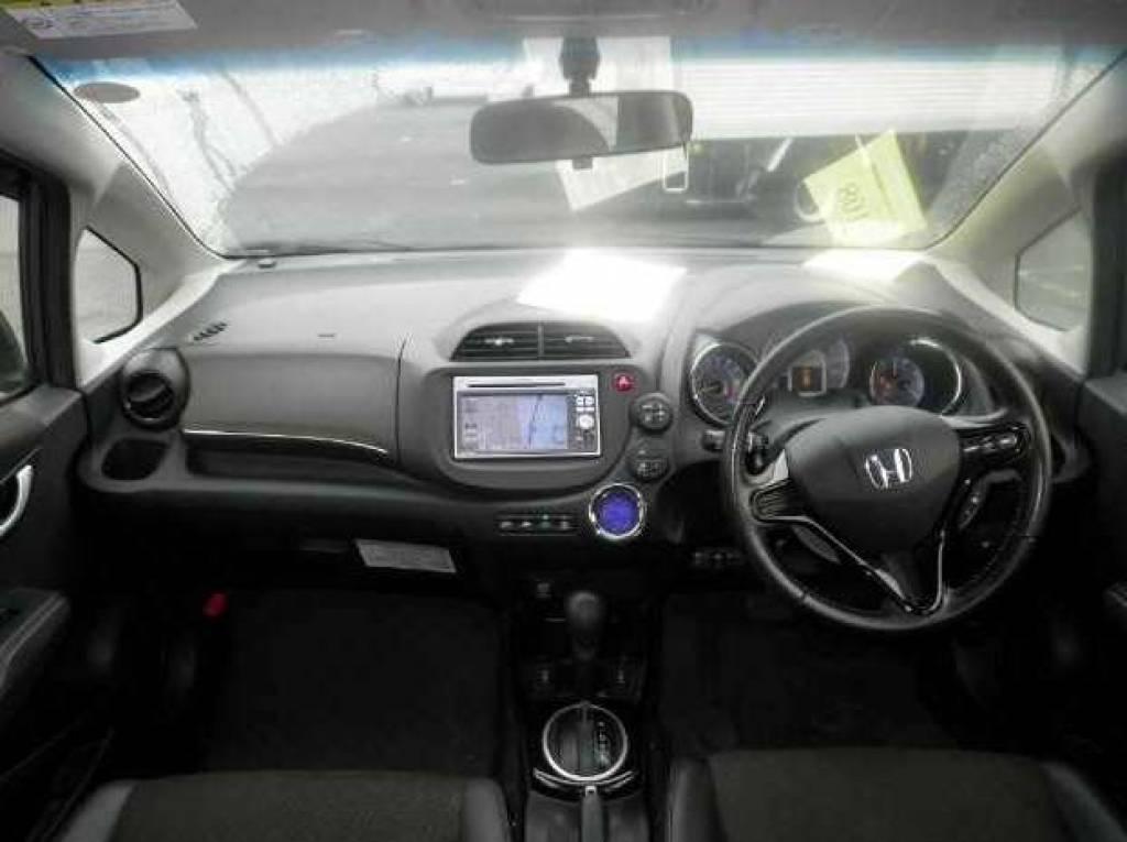 Used 2013 AT Honda Fit Shuttle GP2 Image[3]