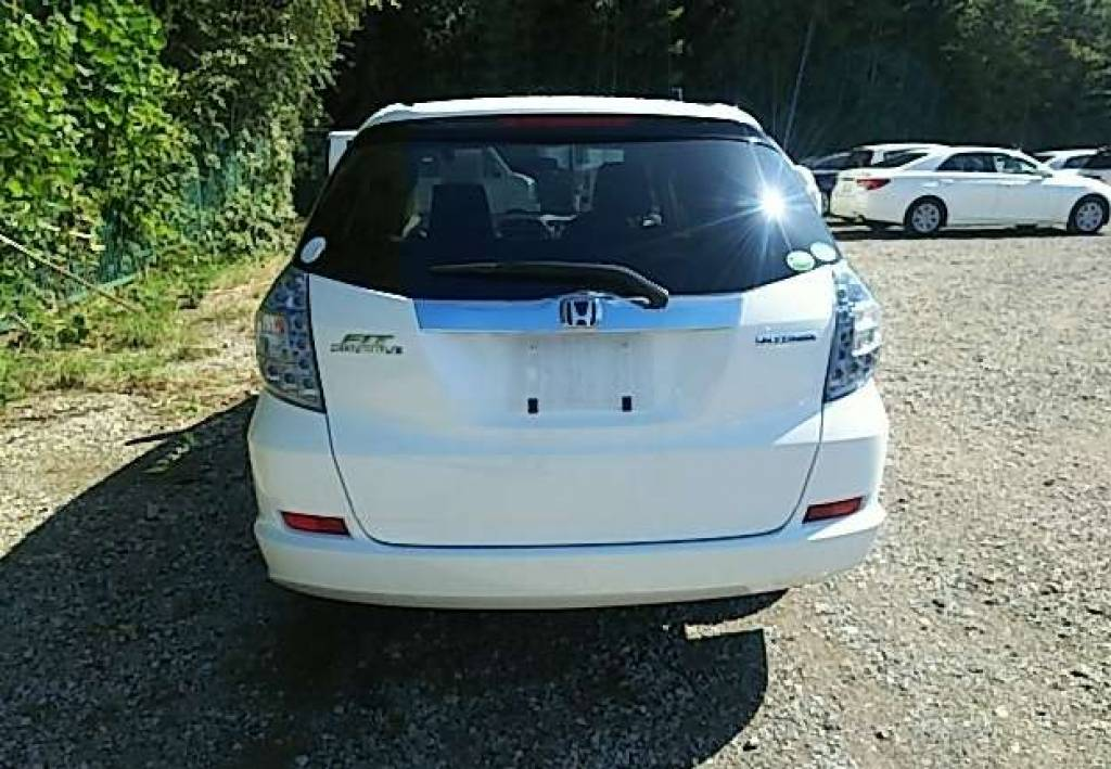 Used 2013 AT Honda Fit Shuttle GP2 Image[4]