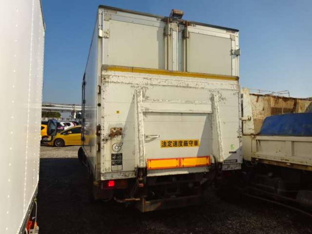 Used 1995 MT Mitsubishi Fuso Fighter FK617J
