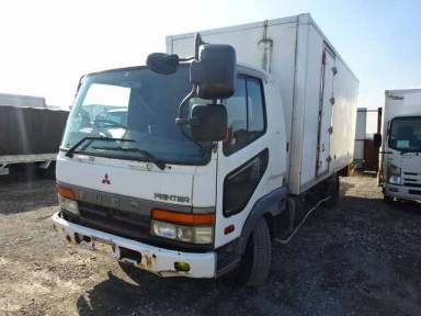 Mitsubishi Fuso Fighter 1995 from Japan