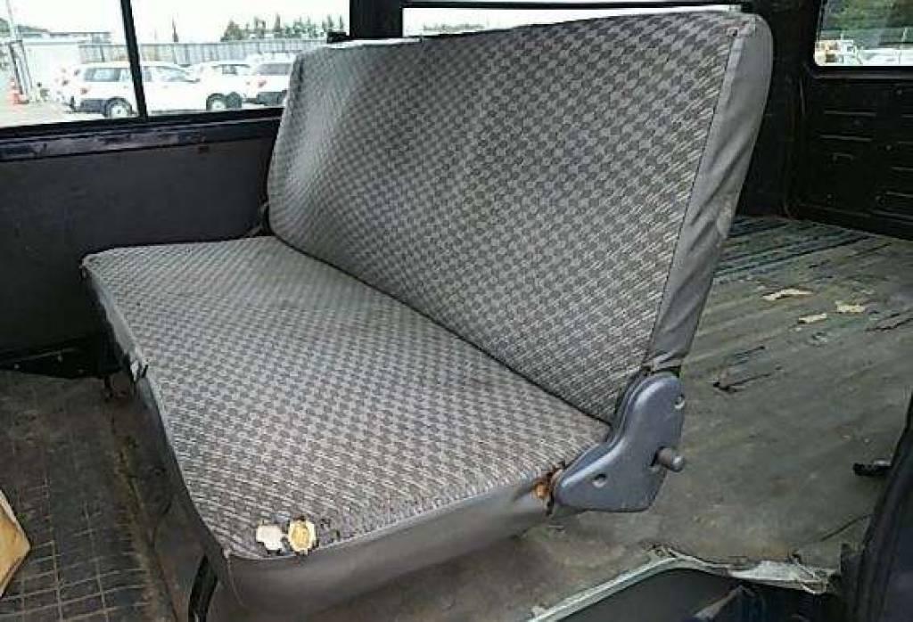 Used 2002 AT Toyota Hiace Van RZH112V Image[10]