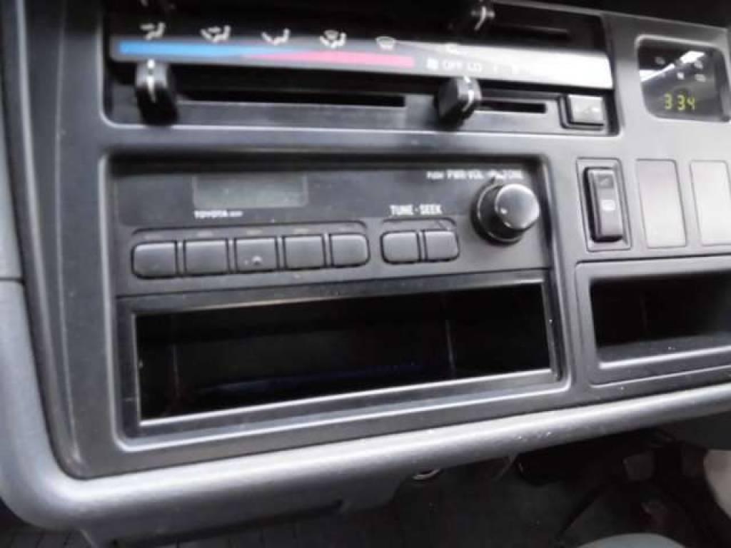 Used 2000 AT Toyota Hiace Van RZH112V Image[14]