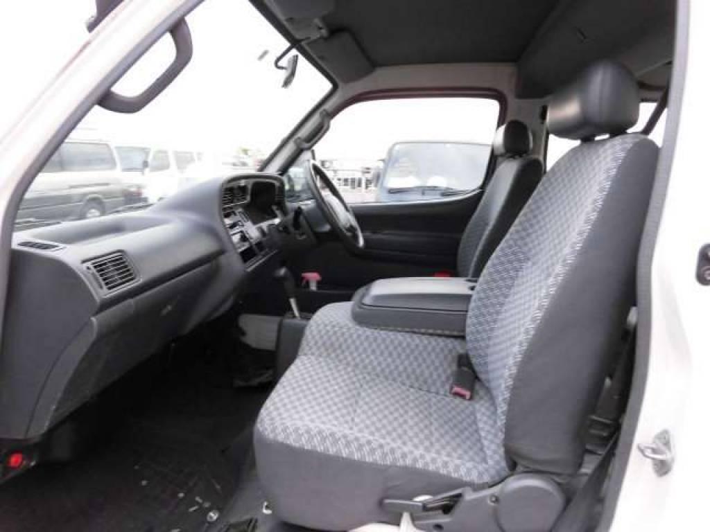Used 2000 AT Toyota Hiace Van RZH112V Image[15]