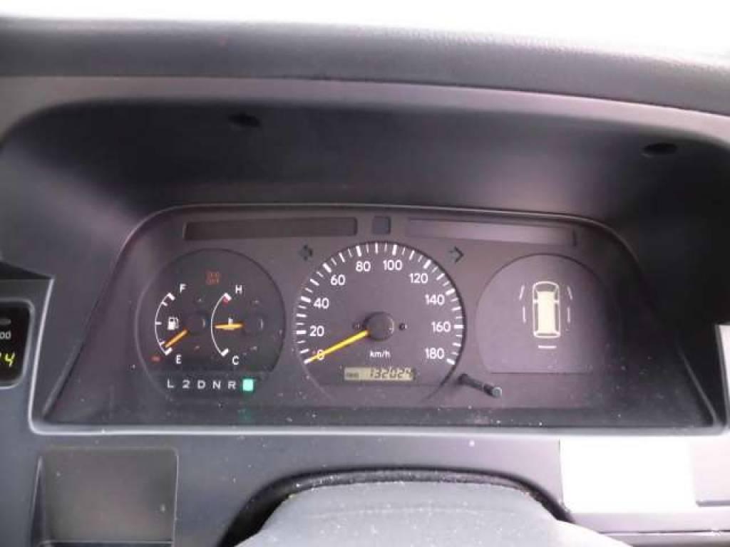Used 2000 AT Toyota Hiace Van RZH112V Image[19]