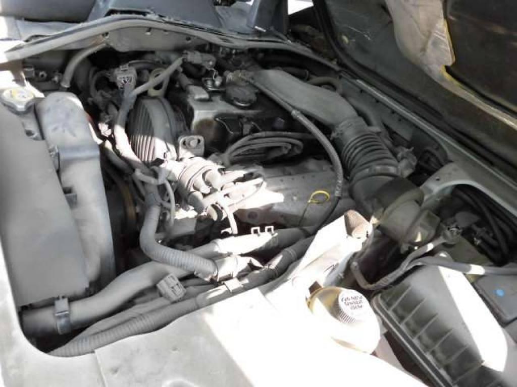 Used 2003 MT Mazda Bongo Van SK82V Image[6]