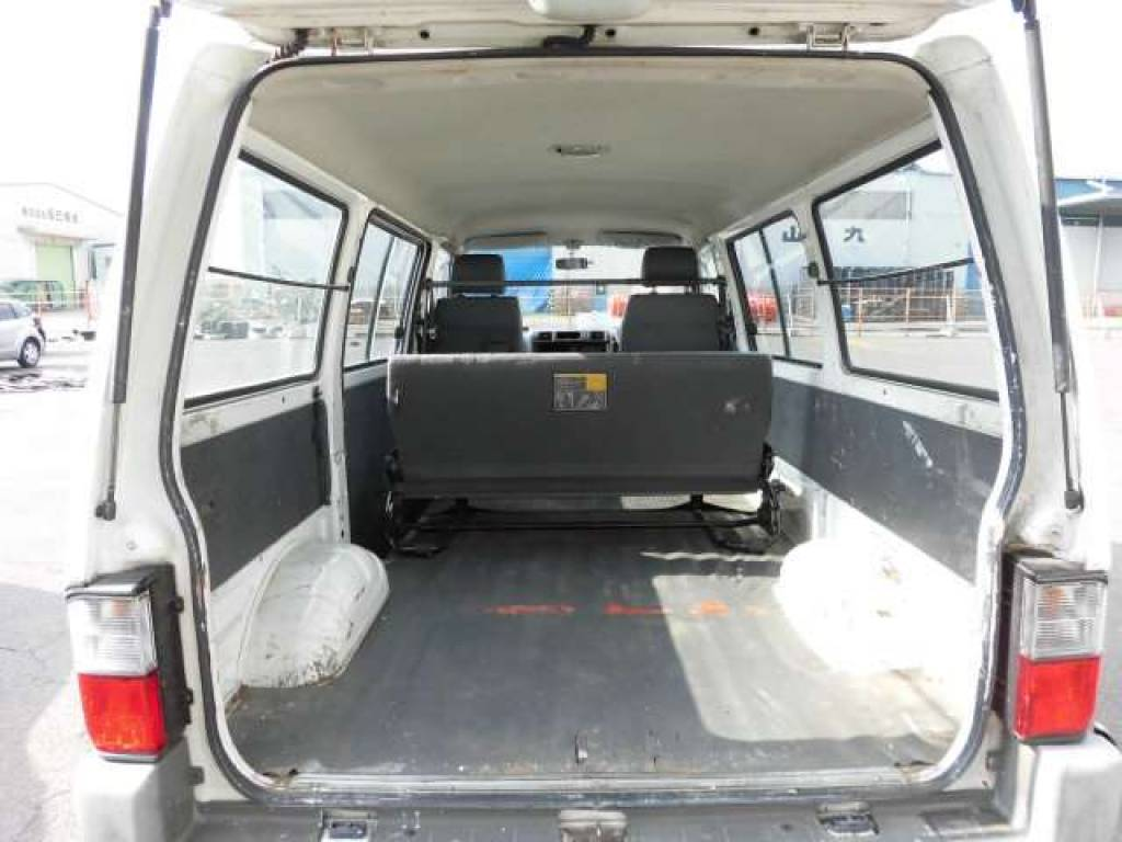 Used 2003 MT Mazda Bongo Van SK82V Image[13]