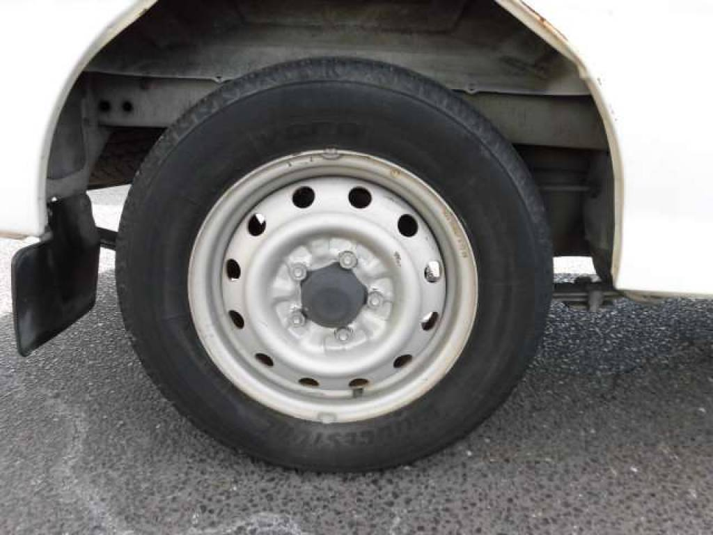 Used 2003 MT Mazda Bongo Van SK82V Image[20]