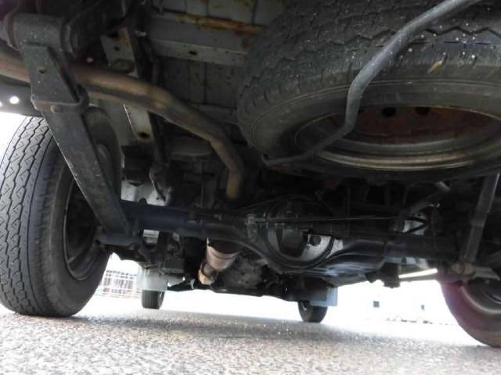 Used 2005 MT Mazda Bongo Van SK82V Image[25]