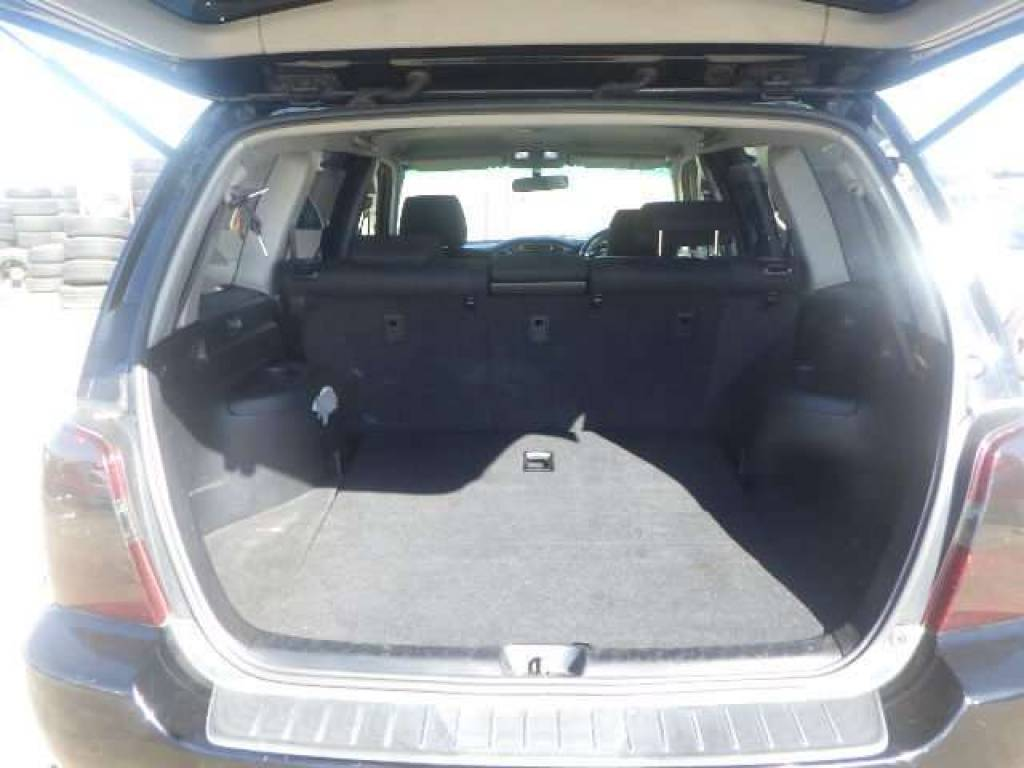 Used 2005 AT Toyota KLUGER ACU20W Image[4]