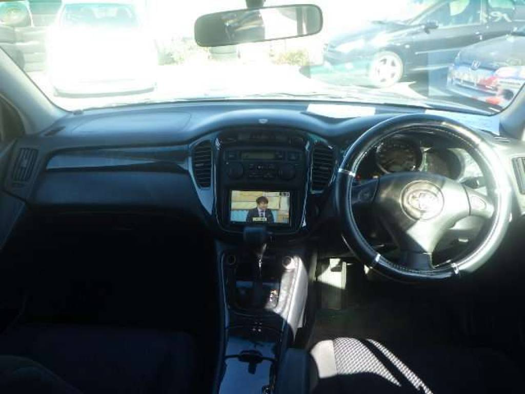 Used 2005 AT Toyota KLUGER ACU20W Image[13]