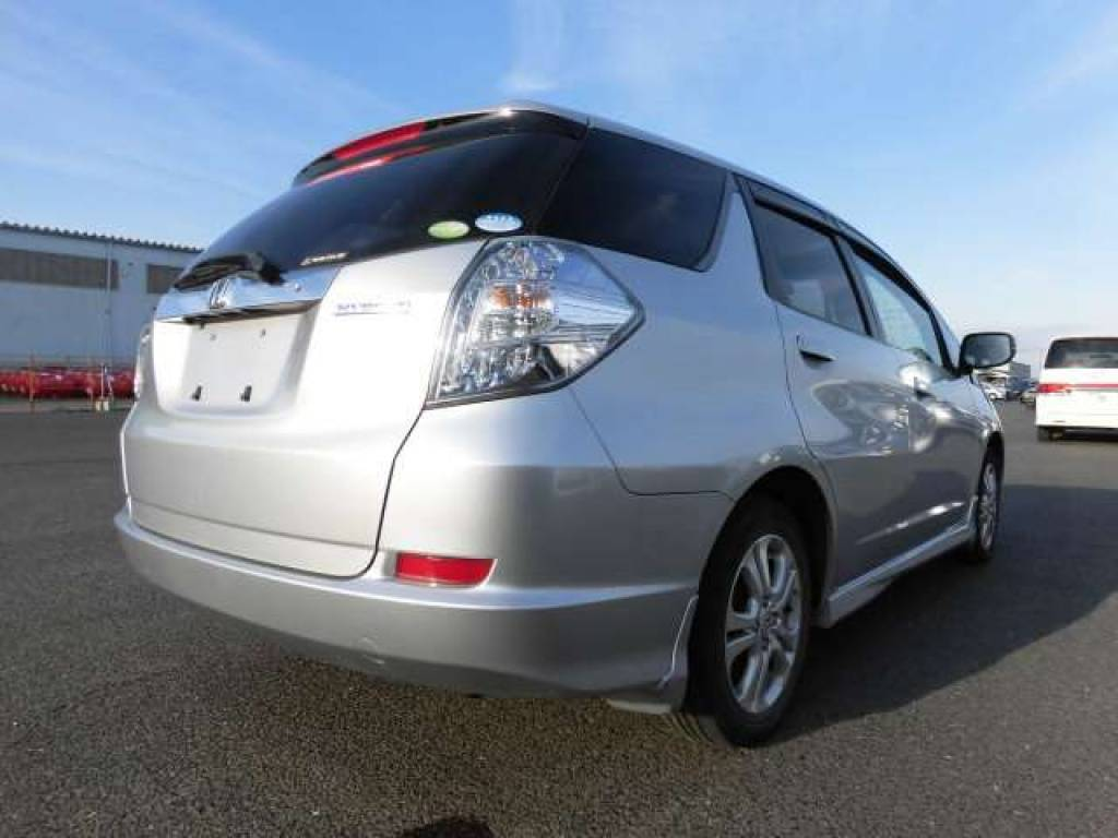 Used 2012 AT Honda Fit Shuttle GP2 Image[4]