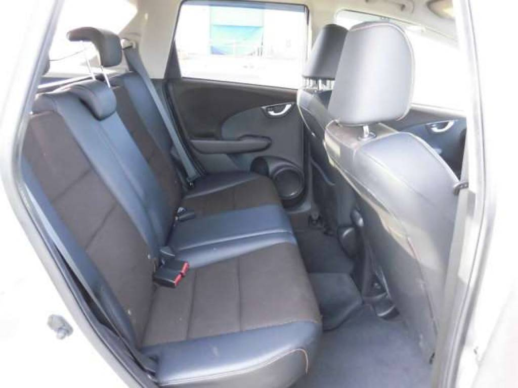 Used 2012 AT Honda Fit Shuttle GP2 Image[10]