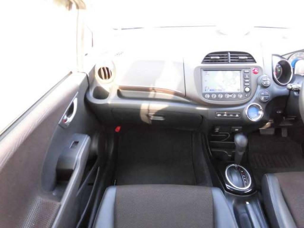 Used 2012 AT Honda Fit Shuttle GP2 Image[13]