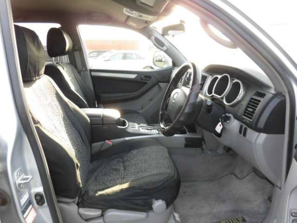 Used 2004 AT Toyota Hilux Surf RZN210W Image[10]
