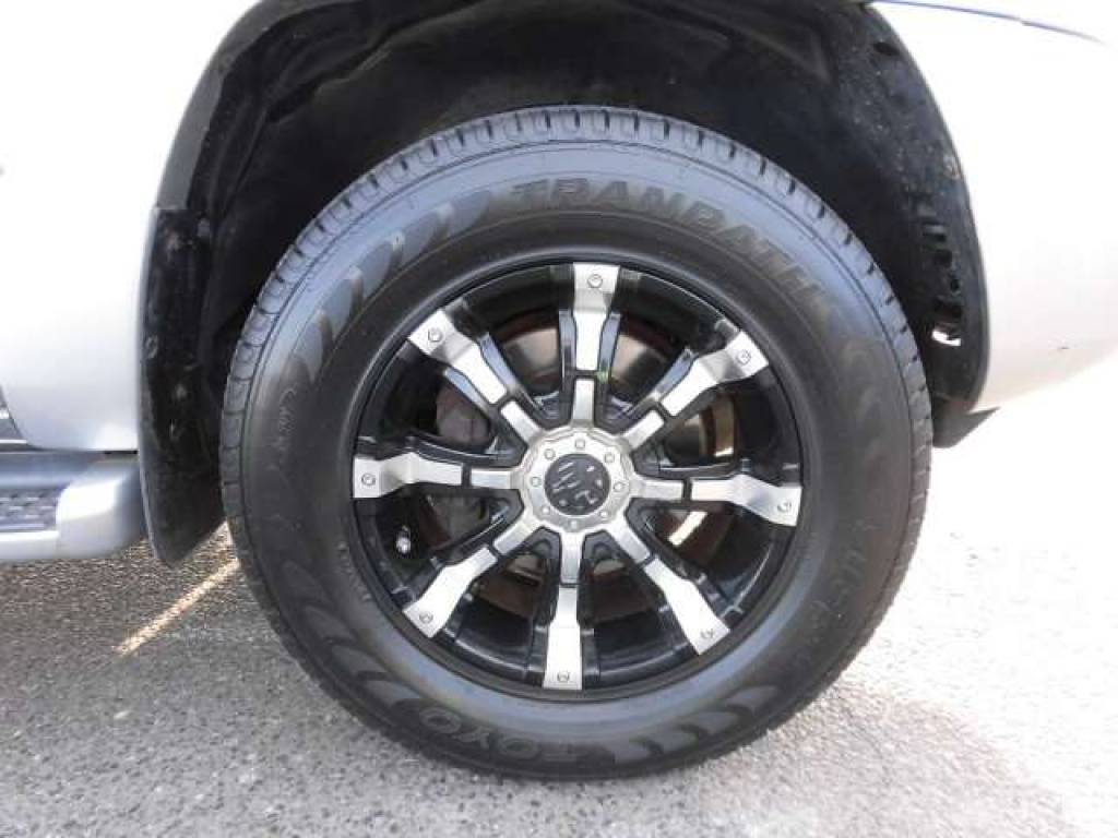 Used 2004 AT Toyota Hilux Surf RZN210W Image[19]