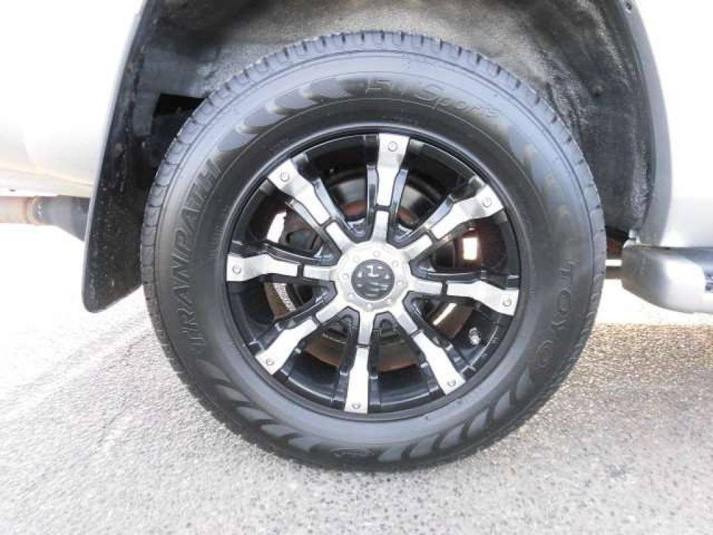 Used 2004 AT Toyota Hilux Surf RZN210W Image[20]