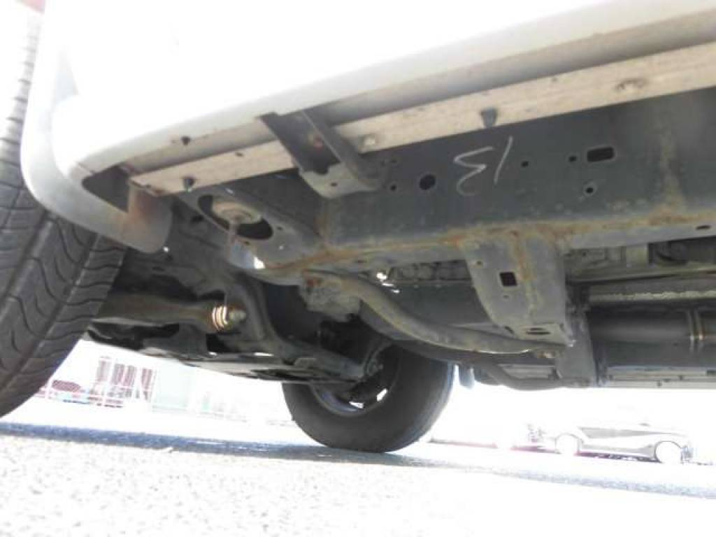 Used 2004 AT Toyota Hilux Surf RZN210W Image[23]