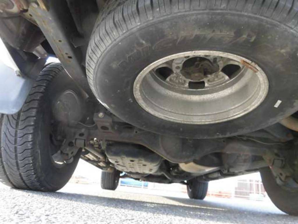 Used 2004 AT Toyota Hilux Surf RZN210W Image[29]